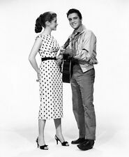 Elvis Presley and Dolores Hart UNSIGNED photo - E21 - King Creole