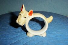 Vintage deco type serviette ring very cute.