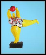 Niki de saint phalle il jaune póster imagen son impresiones artísticas en el marco de aluminio 58x48cm