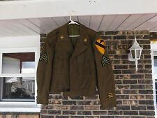 WW2 US IKE JACKET  LARGE SIZE 42R 1ST CAVALRY PATCH 3 OVERSEAS COLLAR BRASS
