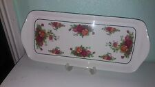 ROYAL ALBERT CLOVERLEAF OLD COUNTRY ROSES MELAMINE SANDWICH/CAKE TRAY.