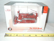International TD-24 Diesel Crawler With Cable Control Bullgrader 1/50th Scale
