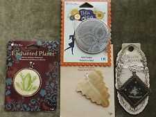 MIXED LOT METAL/SHELL PENDANTS FROG WILD FLOWER LEAF ASTROLOGICAL SIGN 4 PIECES