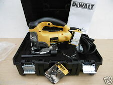 BRAND NEW DEWALT DW331KT DW331 HEAVY DUTY JIGSAW 110V IN TSTAK BOX + 20 BLADES
