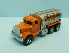 PA03/16.324 HOT WHEELS / MALAYSIA / PETERBILT CALIFORNIA CONSTRUCTION 1/64