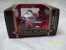 BRAND NEW FEDEX DIECAST PREMIER EDITION  PEDAL PLANE NIB LOOK BUY!!