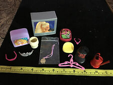 doll house barbie doll ACCESSORIES lot 2 TV's metal hanger 2 crawns hat watercan