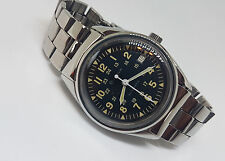 RARE USED VINTAGE BULOVA BLACK DIAL DATE AUTOMATIC MAN'S WATCH
