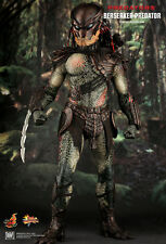 HOT TOYS 1/6 PREDATORS MMS130 BERSERKER PREDATOR MASTERPIECE ACTION FIGURE US