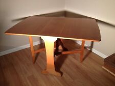 Mid-Century Modern Drop Leaf Gate Leg Sussex Dining Table - Unique Style in Teak