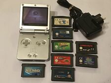 SILVER NINTENDO GAME BOY ADVANCE SP +10 GAME BUNDLE MONSTER SCOOBY NEMO 007 RUG'