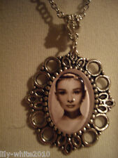 Retro Audrey Hepburn Pattern Oval Long Chain Dangle Necklace Gift Female