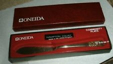 Oneida Hampton Court Community Plate Butter Knife Boxed