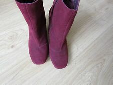 LADIES BURGUNDY SUEDE EFFECT BOOTS SIZE 6 - GORGEOUS