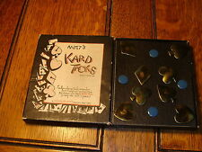 1930'S NUTT'S KARD TACKS----8 METAL SUIT SHAPPED PINS IN BOX for cards