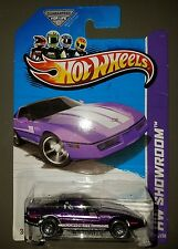 HOT WHEELS '80S CORVETTE 2013 HW SHOWROOM - CORVETTE 60 206/250 WINDSHIELD ERROR