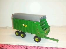 1/64 CUSTOM BADGER HAY CORN SILAGE FORAGE CHOPPER BOX WAGON ERTL FARM TOY