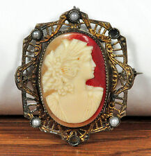 Antique Vintage Carved Cameo Brooch Pendant Gold-Toned Metal