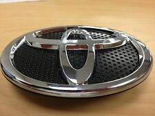 TOYOTA ECHO 2003 2004 2005 FRONT GRILLE EMBLEM GENUINE TOYOTA OEM AND BRAND NEW