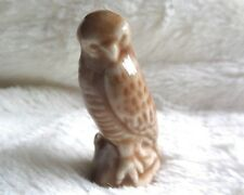 Red Rose Tea Wade Peregrine Falcon Endangered Series ceramic collectible