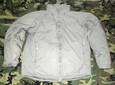 US ARMY PRIMALOFT LEVEL 7 EXTREME COLD WEATHER PARKA. ACU GREY. MEDIUM-REGULAR.
