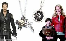 Once Upon A Time Lot Noel 2 pendentifs collier emma et capitaine crochet