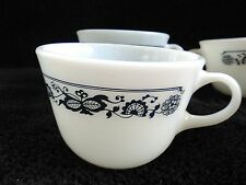 Pyrex Old Town Blue Onion Coffee Mugs (5) EUC