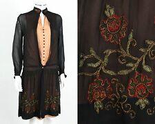 VINTAGE COUTURE c.1920s SILK CREPE METALLIC FLORAL EMBROIDERED FLAPPER DAY DRESS