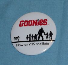 original video store promotional promo THE GOONIES PINBACK BUTTON