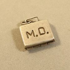 VINTAGE Sterling Silver MD BAG OPENS TO CIGARETTES CHARM Doctor Movabl 925 VT11F