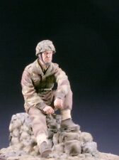 SK Miniatures British Paratrooper Officer Arnhem WW2 1/35th Unpainted Kit