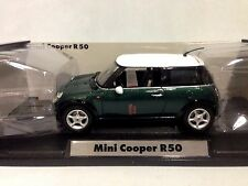 2001 Mini Cooper R50 Collectibles 1:18 Scale, Diecast MotorMax, Green
