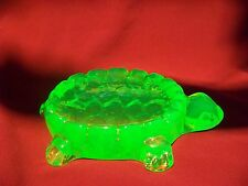 GREEN VASELINE GLASS  TURTLE SOAP DISH  (( id144439))