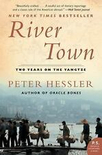 River Town: Two Years on the Yangtze (P.S.) by Hessler, Peter