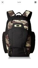 Oakley Blade Wet/Dry 30 Backpack (Olive Camo) Bag pack, Gym Bag, New with Tags
