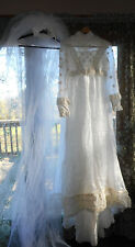 VINTAGE  HOMEMADE  WEDDING DRESS WITH  LONG VEIL DAISY'S SIZE 10