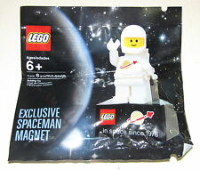 LEGO NEW RARE EXCLUSIVE MAGNET SPACEMAN SPACE MINIFIGURE SEALED BAG