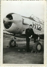 PHOTO ANCIENNE - VINTAGE SNAPSHOT - MILITAIRE AVION PILOTE CHASSEUR - PLANE 1959