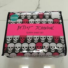 Betsey Johnson Queen sheet set Skulls pink black white New skull sinful