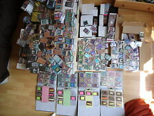 Yu-Gi-Oh Karten, 25 Holos + 100 Common + 1 The Dark Illusion Booster