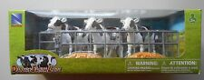 1:18 DAIRY COWS w PENS and FEED PILES NEW-RAY FIGURES