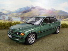 R&L Diecast: Boxed BMW 328i Green, 1:18 Scale UT Models, Engine Detail