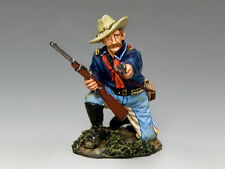TRW096 Kneeling Officer with Pistol & Carbine by King and Country