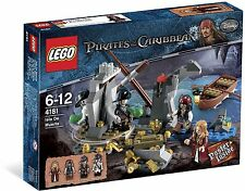 Lego 4181 - Pirates of the Caribbean - Isla De Muerta - Brand New Boxed Retired