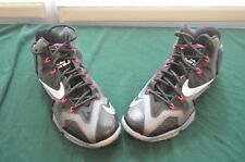 Nike LaBrone James Flywire basketball shoes size 10