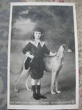 """CPA tableau Salon peinture 1906 Wencker """"enfant avec son lévrier"""" chien"""