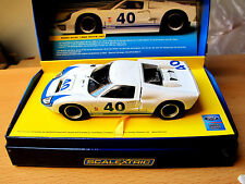 Scalextric Ford GT40  1966  WHITE #40  Art. C2943A Limited Edition 2000 Stück