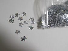 1000pcs 10mm FLOWER Sequins - Metallic Hologram Silver CRAFT Scatters