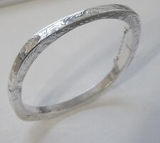 BEAUTIFUL HAND CARVED ANTIQUE SQUARE STERLING SILVER BANGLE FROM THAILAND