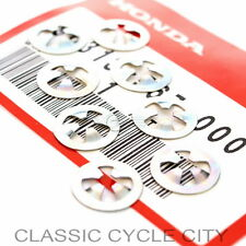 Honda CB 350 F Four Embleme Emblem Seitendeckel Clips Side Cover 90313-567-000